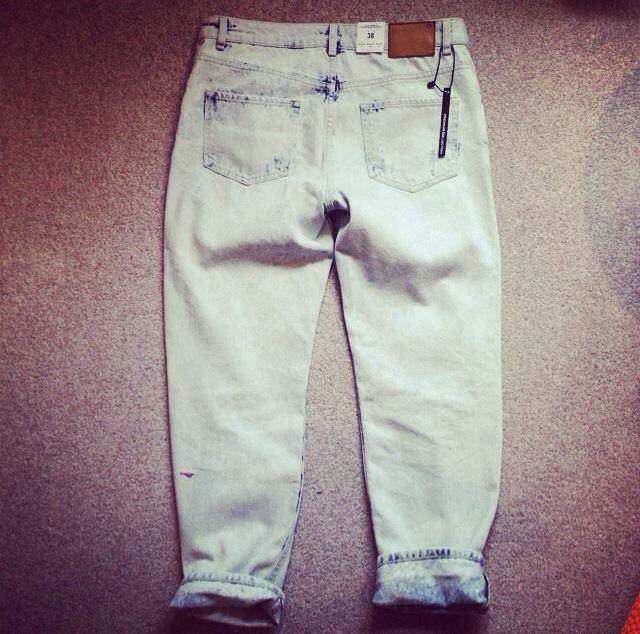 Zara torn jeans sale