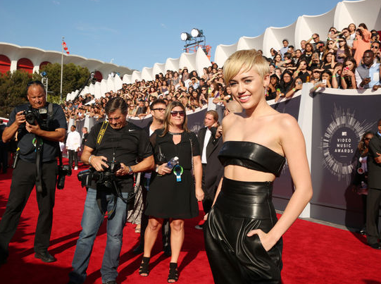 Miley Cyrus MTV VMA Awards 2014