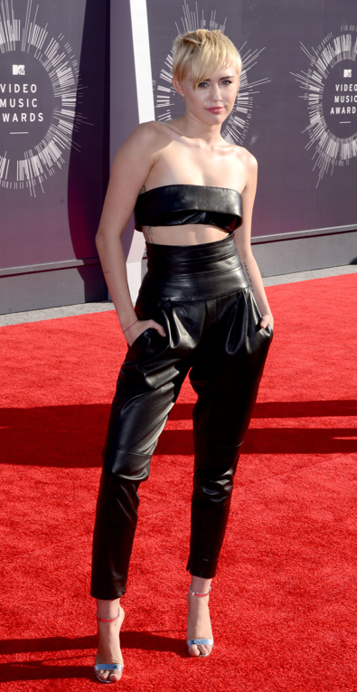 Miley Cyrus VMA fashion 2014