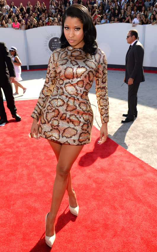 NICKI MINAJ IN SAINT LAURENT MTV VMA 2014